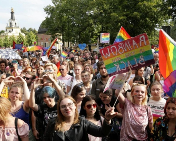 Thumb lgbtq pride parade in bialystok poland met by far right attacks  43893